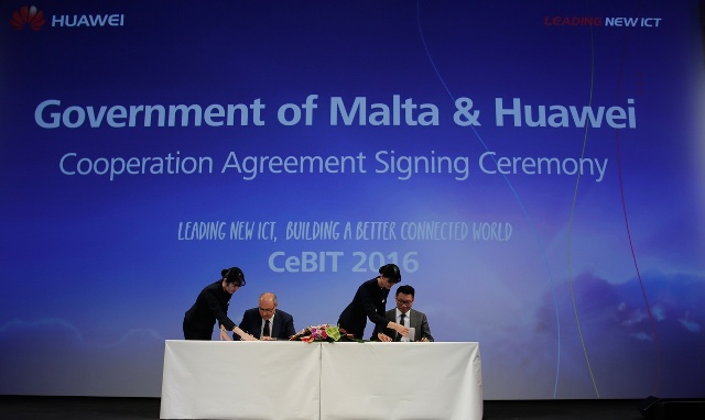 Huawei and the Government of Malta signed a safe city cooperation agreement at the summit.